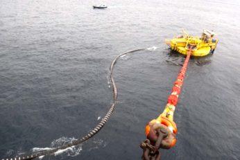 Tanker pilotage & mooring