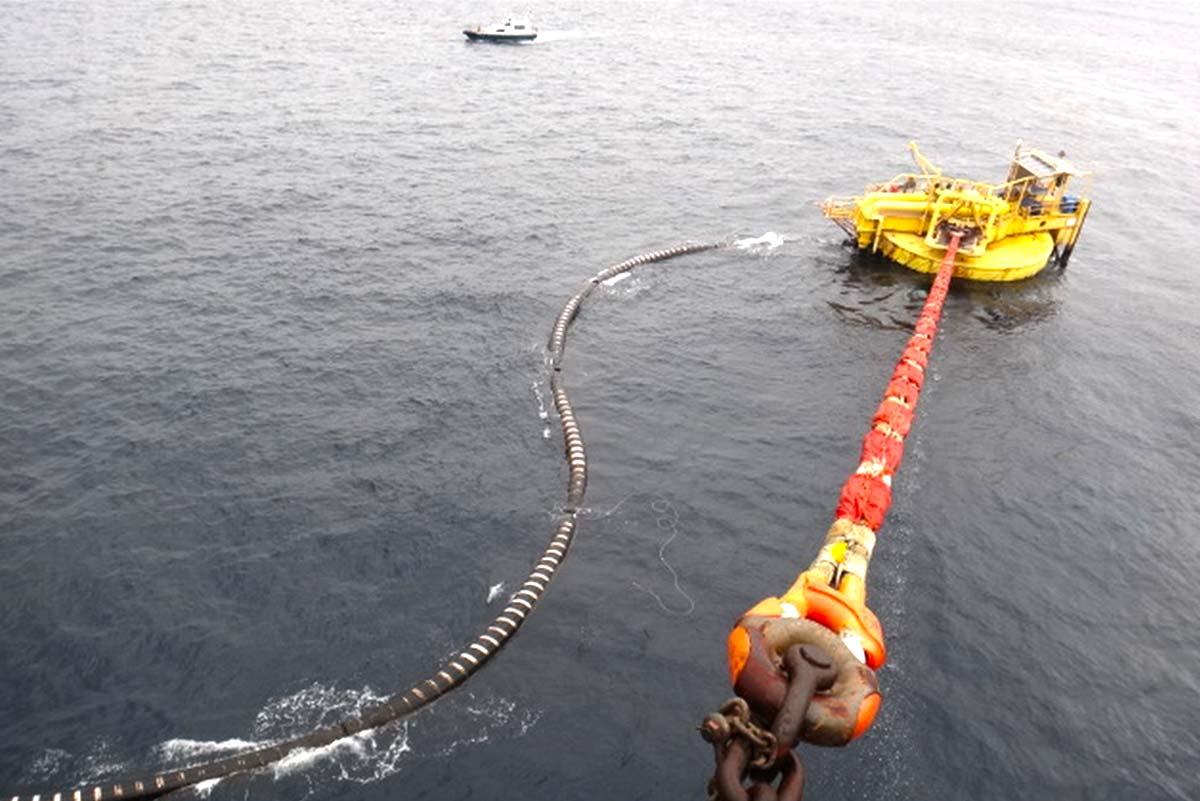 Tanker pilotage & mooring - STAPEM Offshore